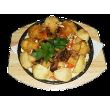 Жаркое на сковородке тушеное с белыми грибами, 270/100/25 гр.