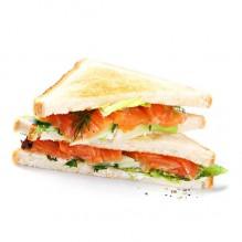 Сэндвич с семгой и маслом