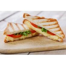 Сэндвич с помидором и сыром