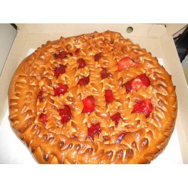 Пирог с ягодным конфитюром на выбор